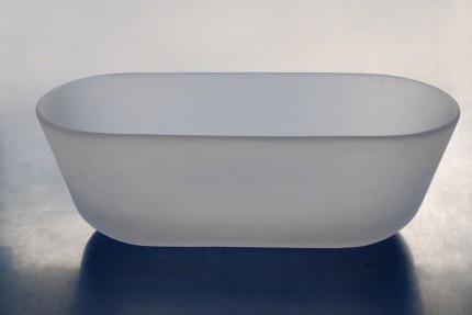 Bathtub out of translucent and flexible polyurethane